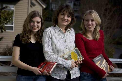 Madeleine, Cindy and Catherine Hudson